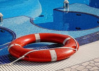 Precio en espa a de ud de salvavidas generador de precios for Salvavidas para piscinas